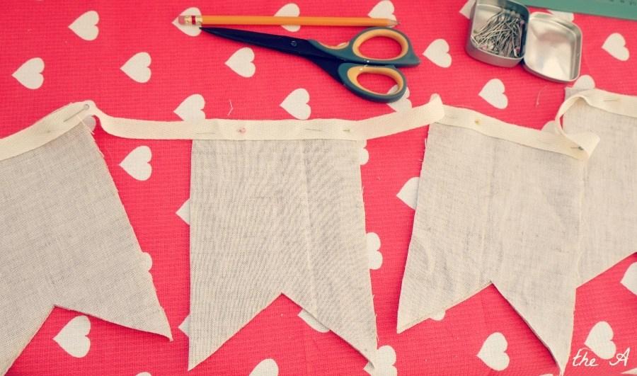 Как сделать своими руками флажки из ткани